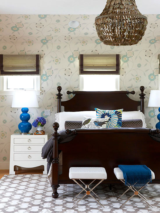 Master bedroom with wallpaper