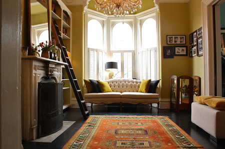 Dress Up the Bay Windows in Your Coastal Home