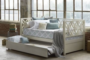 Bay view Day Bed