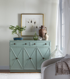 Give Your Classic Beach Cottage Style with Beachy, Ocean Hues
