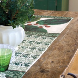 Beautiful Holiday Table Setting Ideas from Cottage & Bungalow