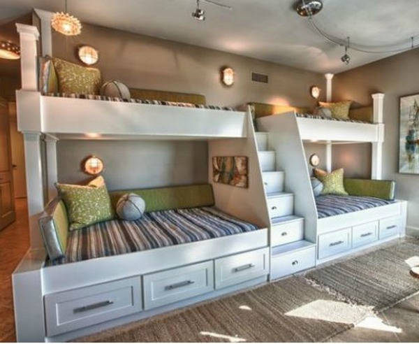 Maximize Your Space With Beach House Bunk Rooms Cottage