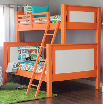 family friendly beach home bunk room