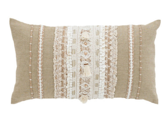 luxurious bed cottage bedroom pillows