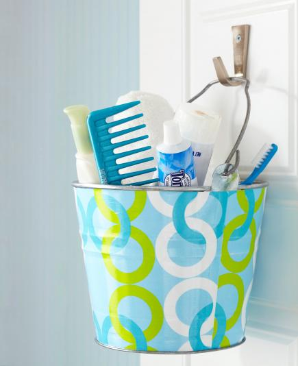 beach house storage ideas buckets